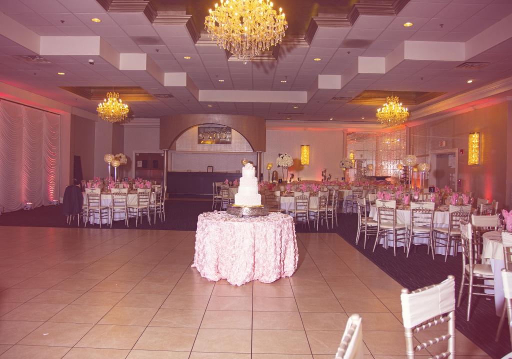photography of a banquet venue volo